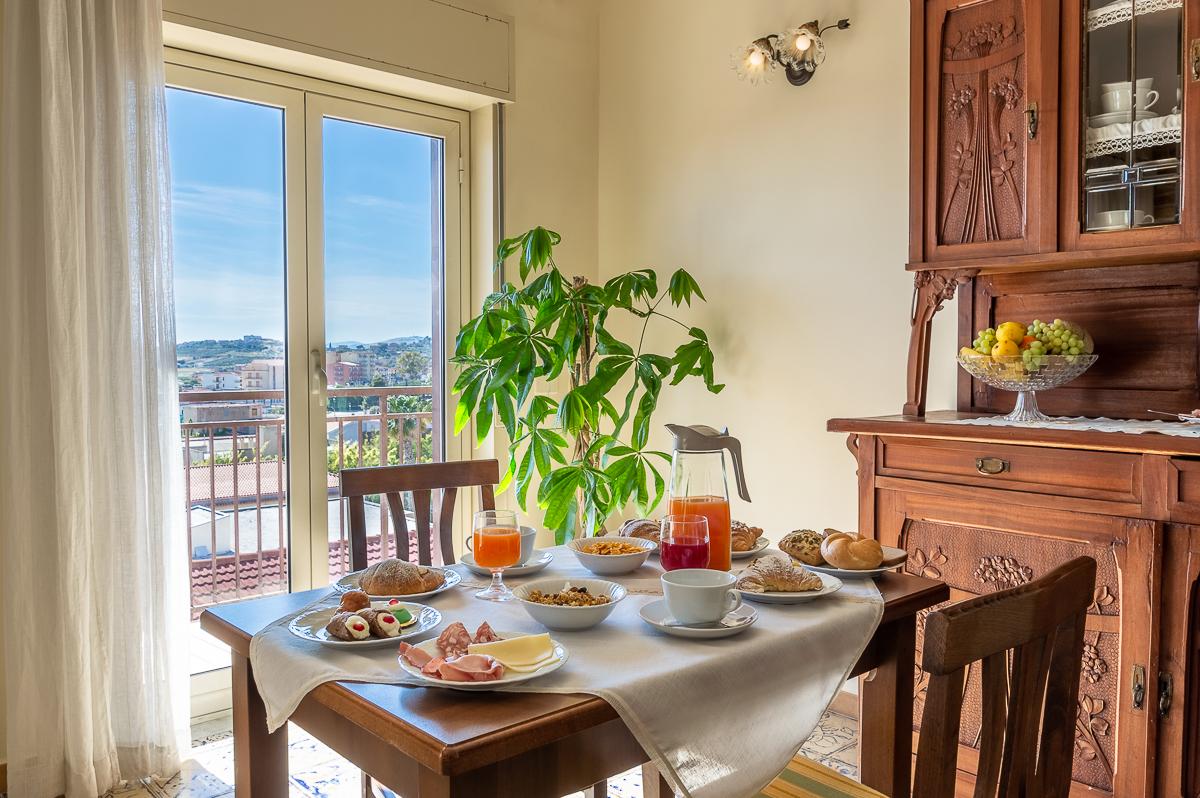 breakfast at casa fiorita b&b